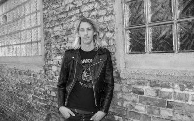 """FLO HAYLER – Lesereise zu """"Ramones – Eine Lebensgeschichte"""""""