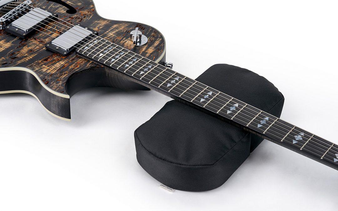 RockCare Work Bench – Pad, Instrument Neck Rest & Set