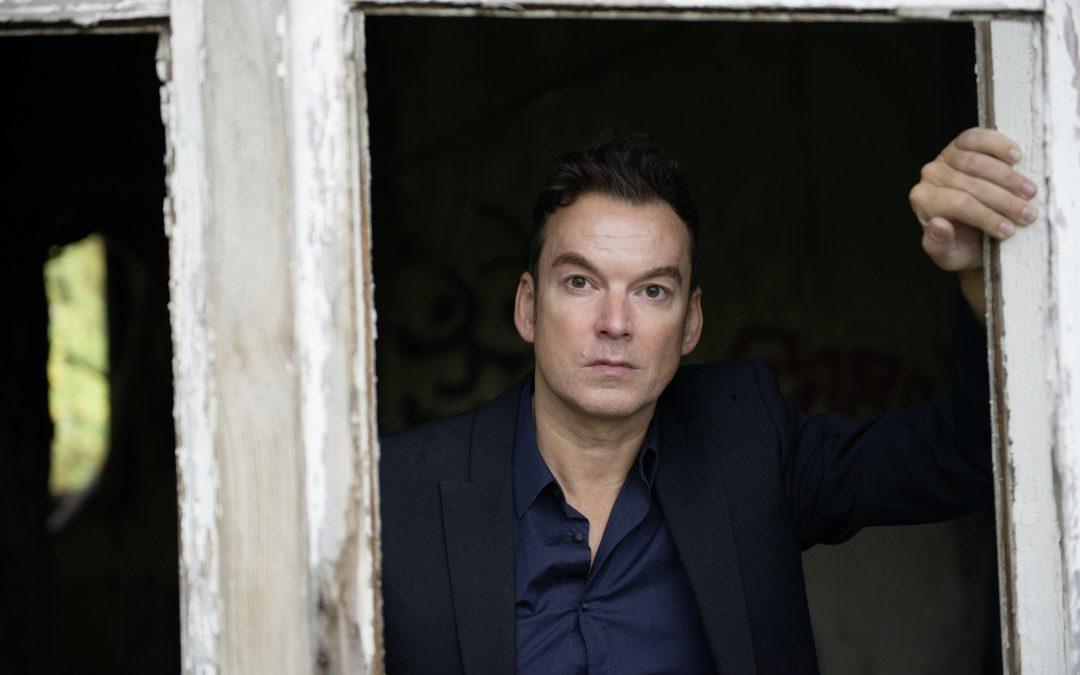 Oliver Ménard – Der Kratzer