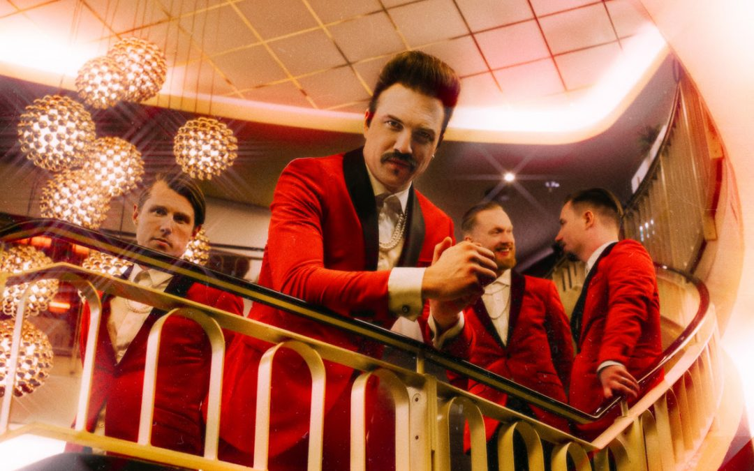 ROYAL REPUBLIC – »Club Majesty« erstürmt die Charts, neues Musikvideo 'Like A Lover'