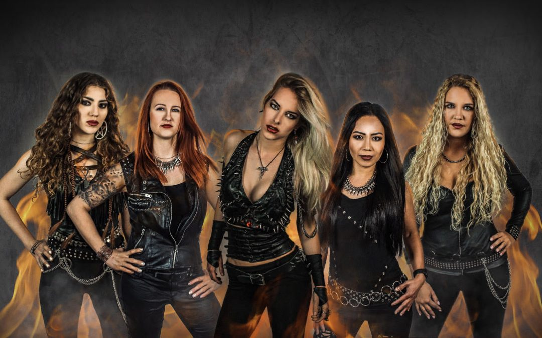 BURNING WITCHES- Sängerin Laura ab sofort Teil des Hexenzirkels + neuer Song 'Wings Of Steel' online