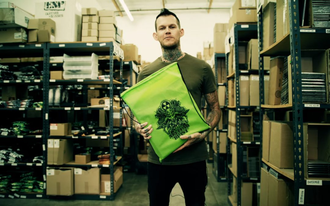 CARNIFEX präsentieren »What's In My Bag?«-Nuclear Blast-Version + auf »Summer Slaughter Tour«