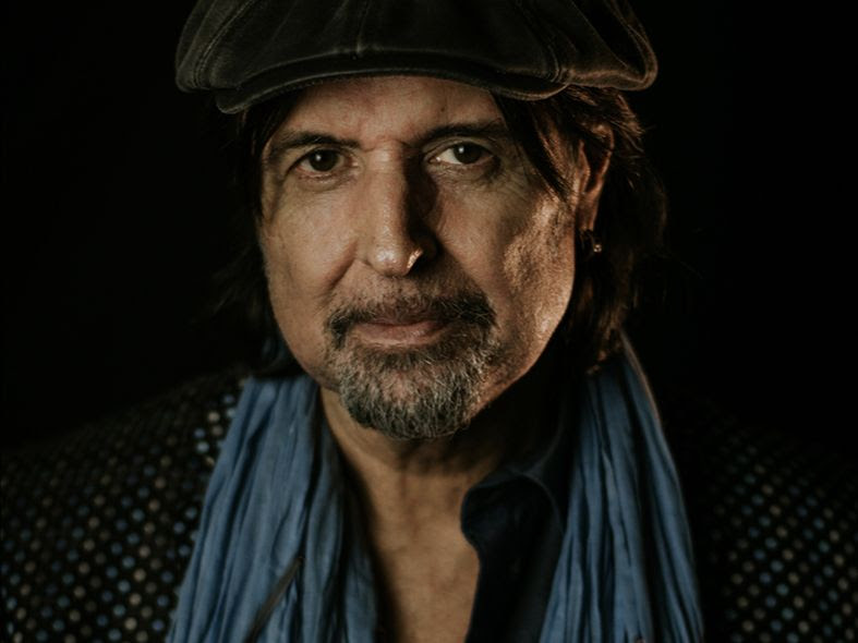 Phil Campbell  spricht über 'Swing It' feat. ALICE COOPER