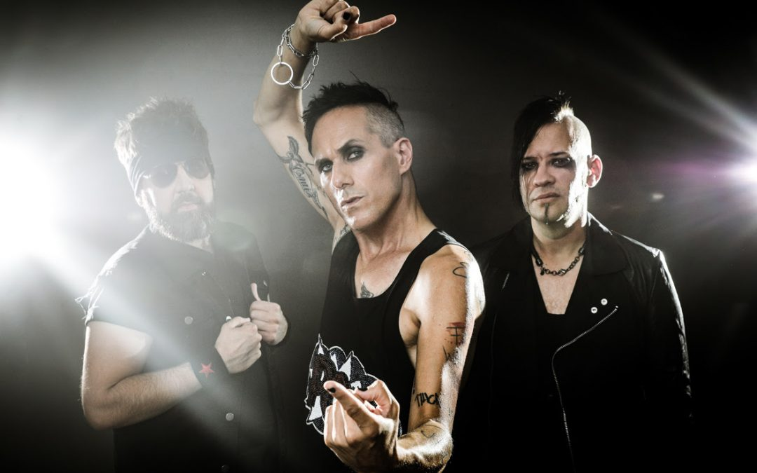 DOUBLE CRUSH SYNDROME – neues Album »Death To Pop« erschienen, Musikvideo zu 'Cocaine Lips' veröffentlicht