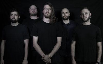 AENIMUS enthüllen 'Between Iron And Silver'-Schlagzeugplaythrough