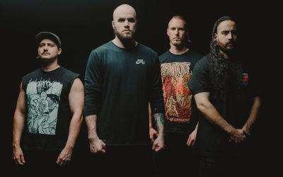 "AVERSIONS CROWN veröffentlichen Musikvideo für 'Paradigm', ""Hell Will Come For Us All"" erschienen"