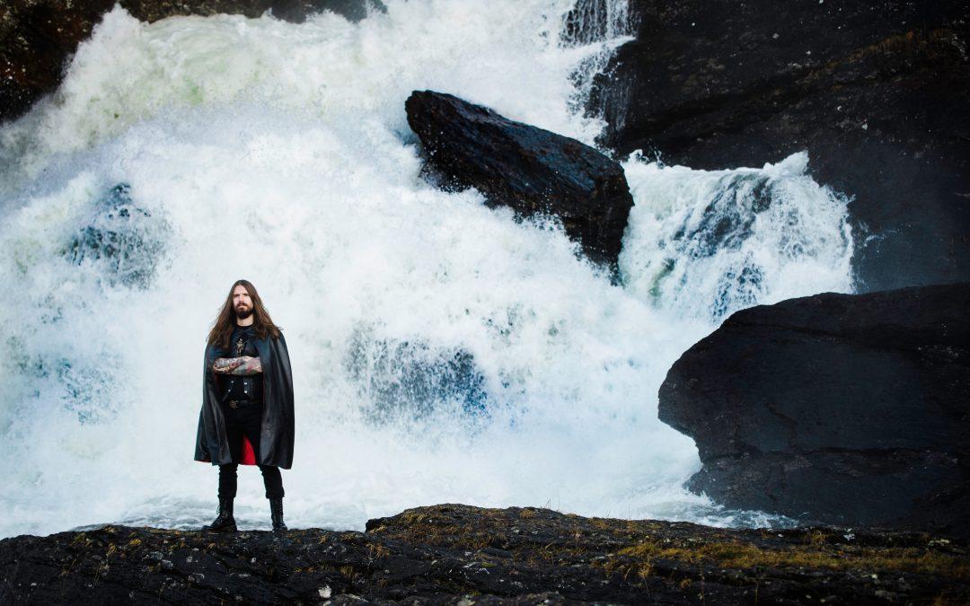 HJELVIK veröffentlicht neues Video zu 'Helgrinda'