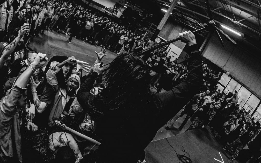 """FUMING MOUTH lassen ihre heftige neue EP """"BEYOND THE TOMB"""" von der Leine, neues Video zum Titelsong veröffentlicht"""