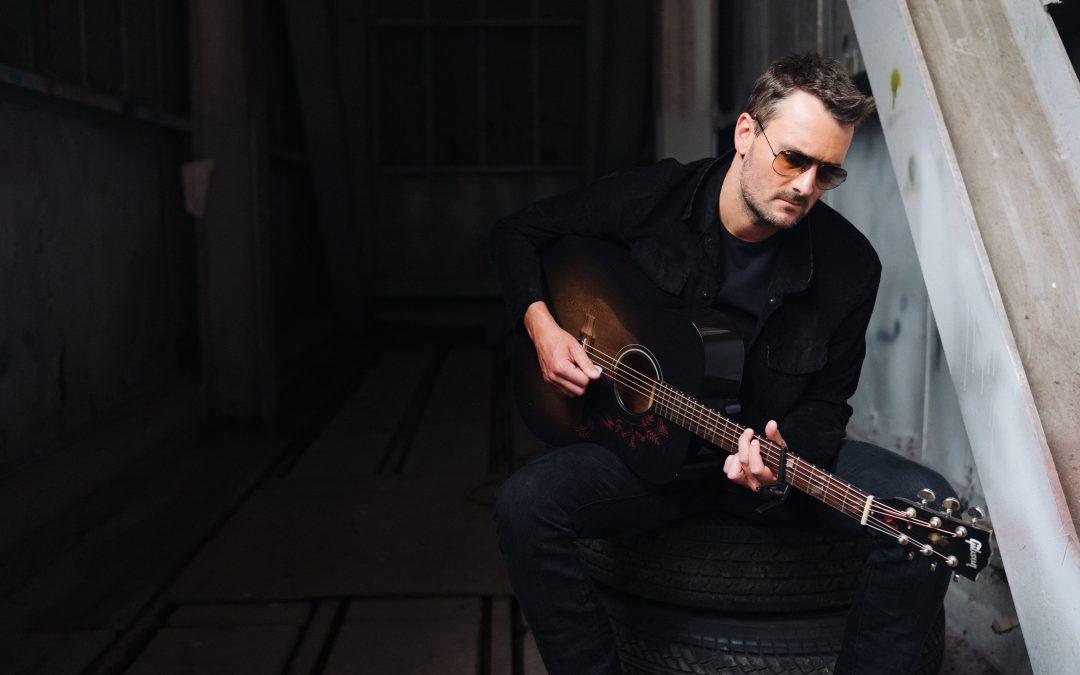Eric Church veröffentlichte drei neue Alben im April – 'Heart', '&', 'Soul'