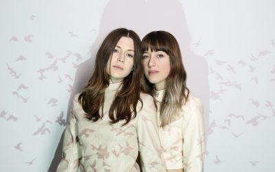 LARKIN POE & NU DECO ENSEMBLE – Album 'Paint The Roses: Live In Concert' erschienen